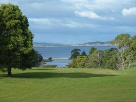 Kingston Beach Golf Club - QLD Tourism