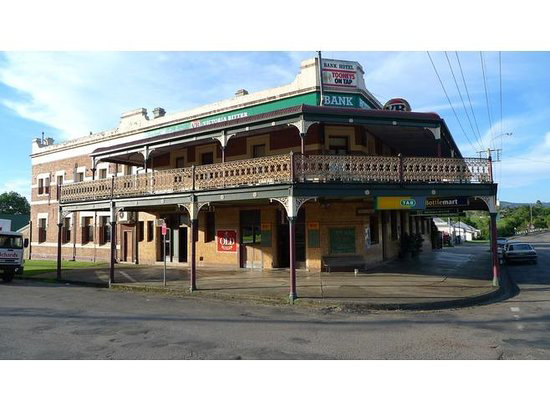Bank Hotel Dungog - QLD Tourism