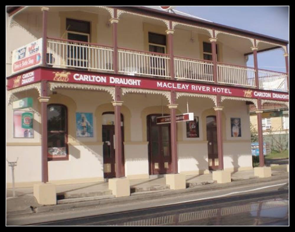Macleay River Hotel - QLD Tourism