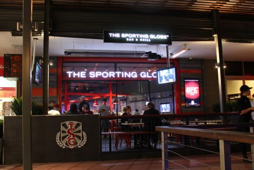 The Sporting Globe Bar amp Grill - QLD Tourism