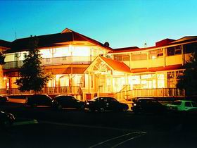 Loxton Community Hotel Motel - QLD Tourism