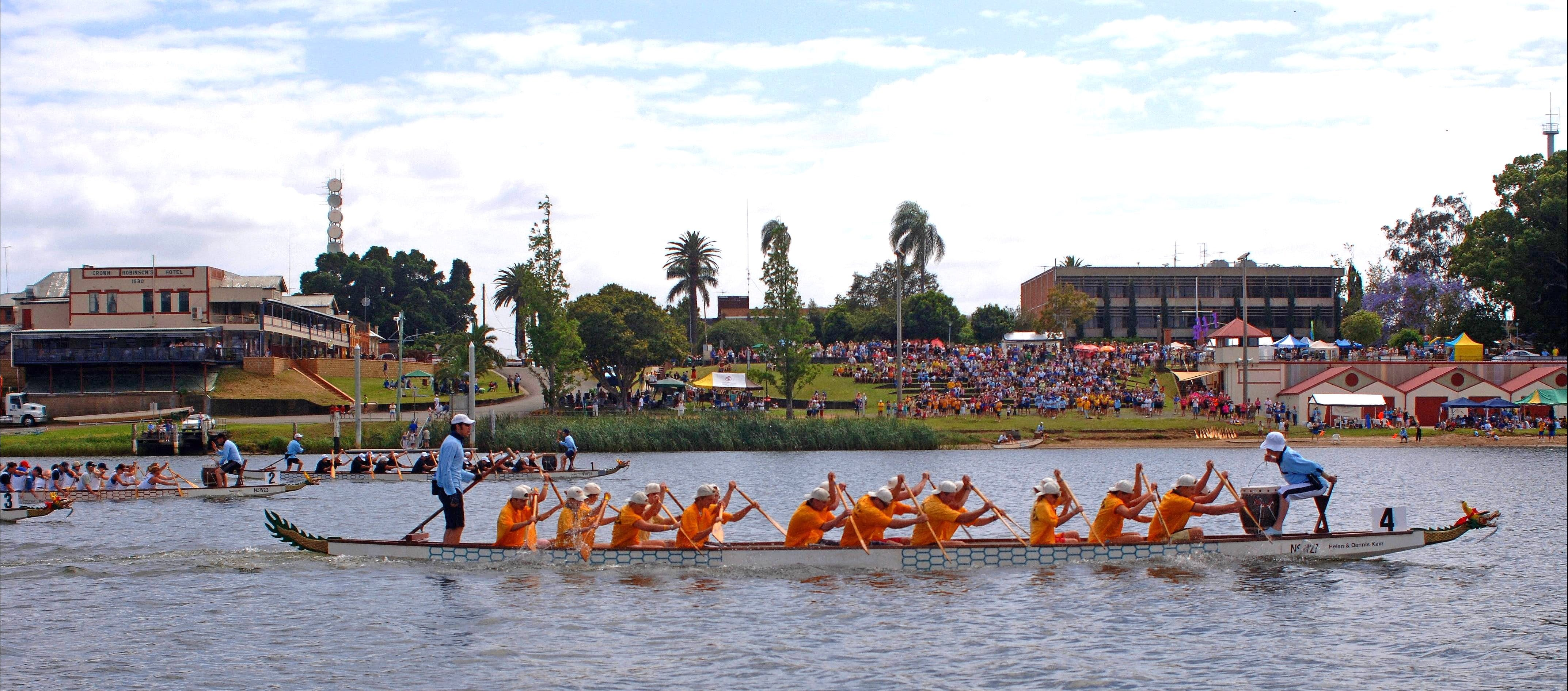 Jacaranda Dragon Boat Races - QLD Tourism