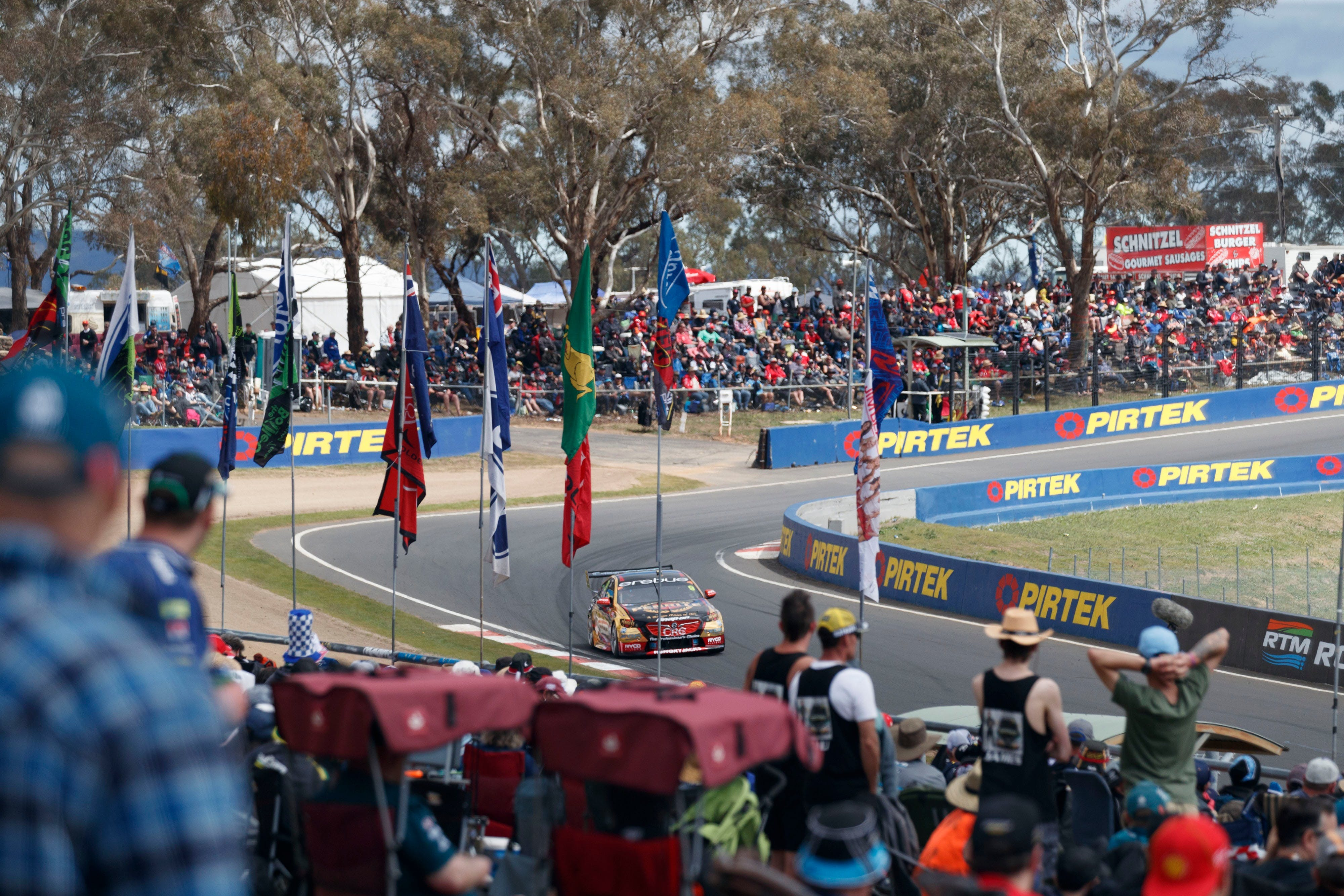 Supercars Supercheap Auto Bathurst 1000 - QLD Tourism
