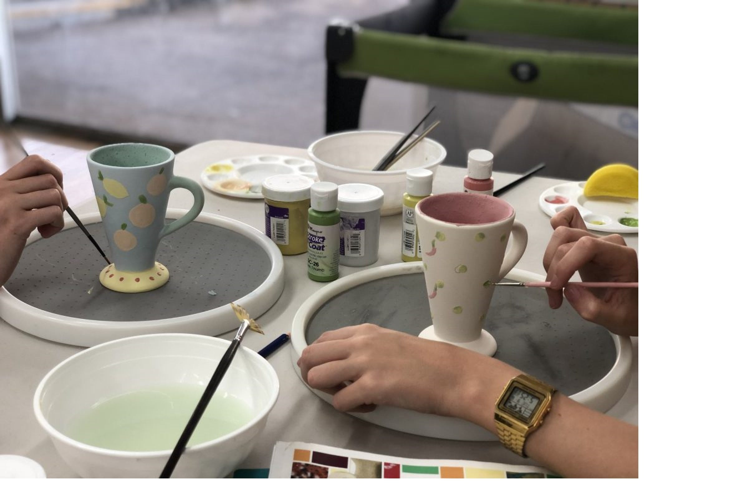 Ceramic Painting Class - QLD Tourism