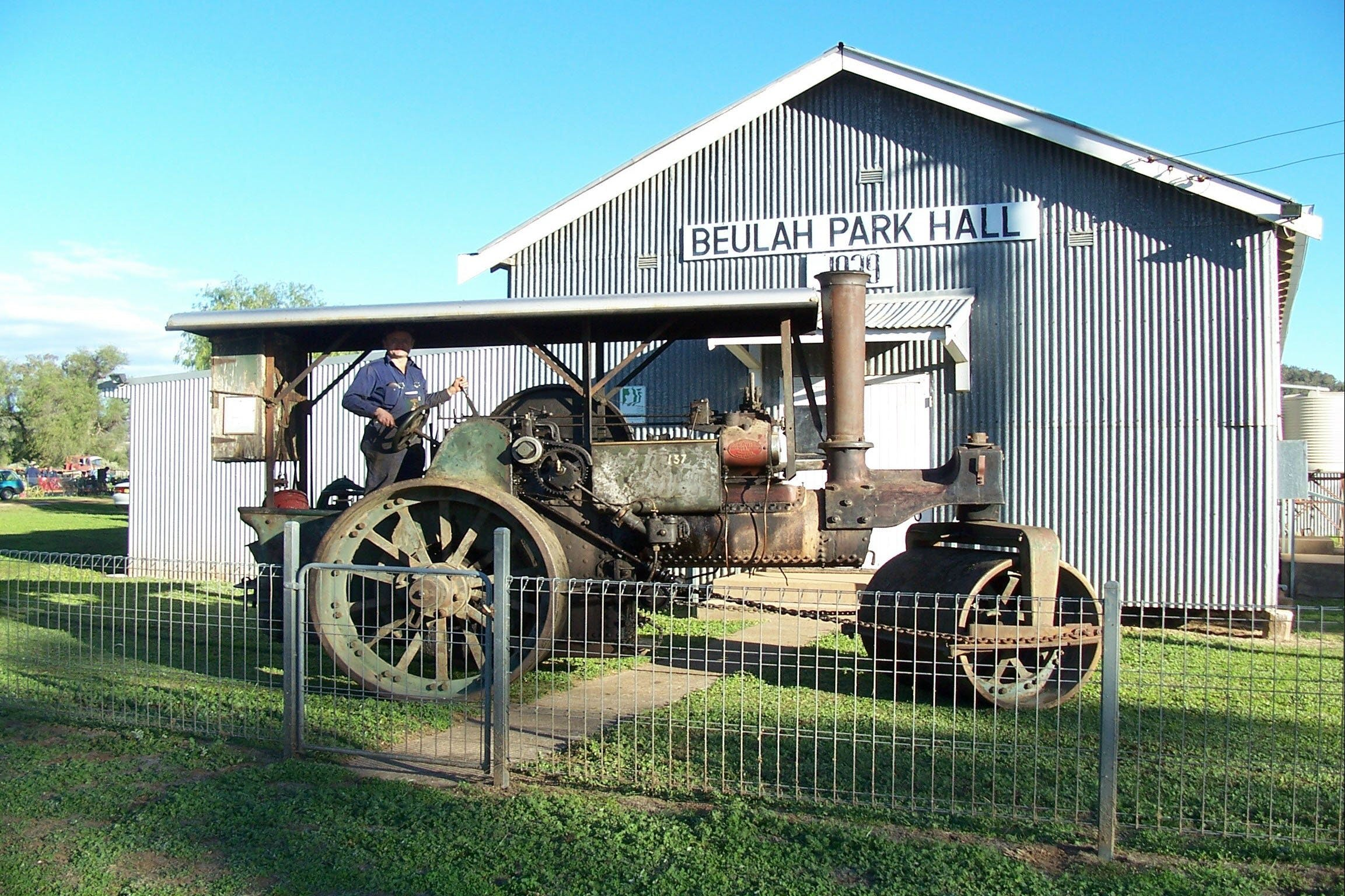 Eulah Creek Antique and Machinery Day - QLD Tourism