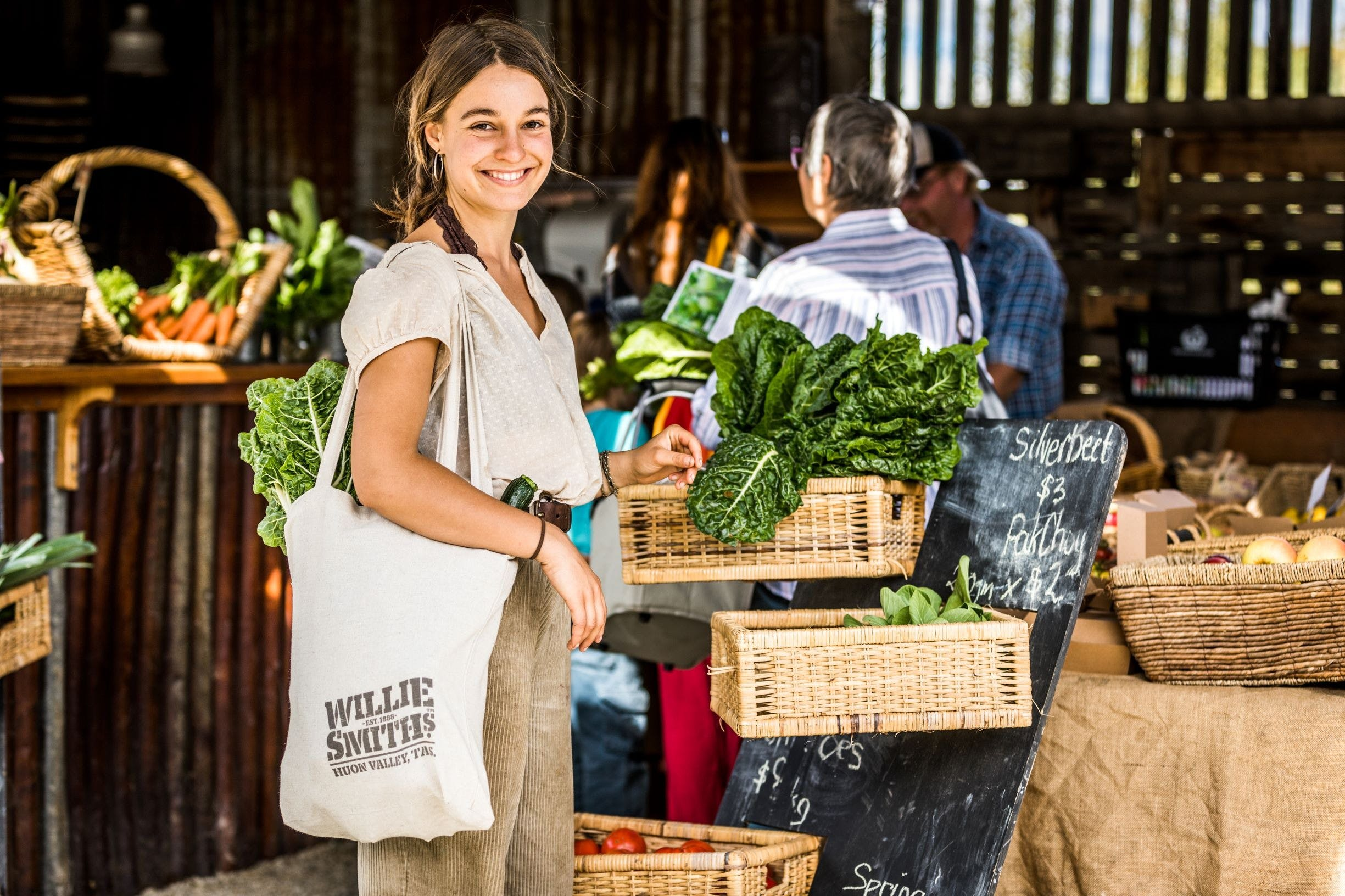 Willie Smith's Artisan and Produce Market - QLD Tourism