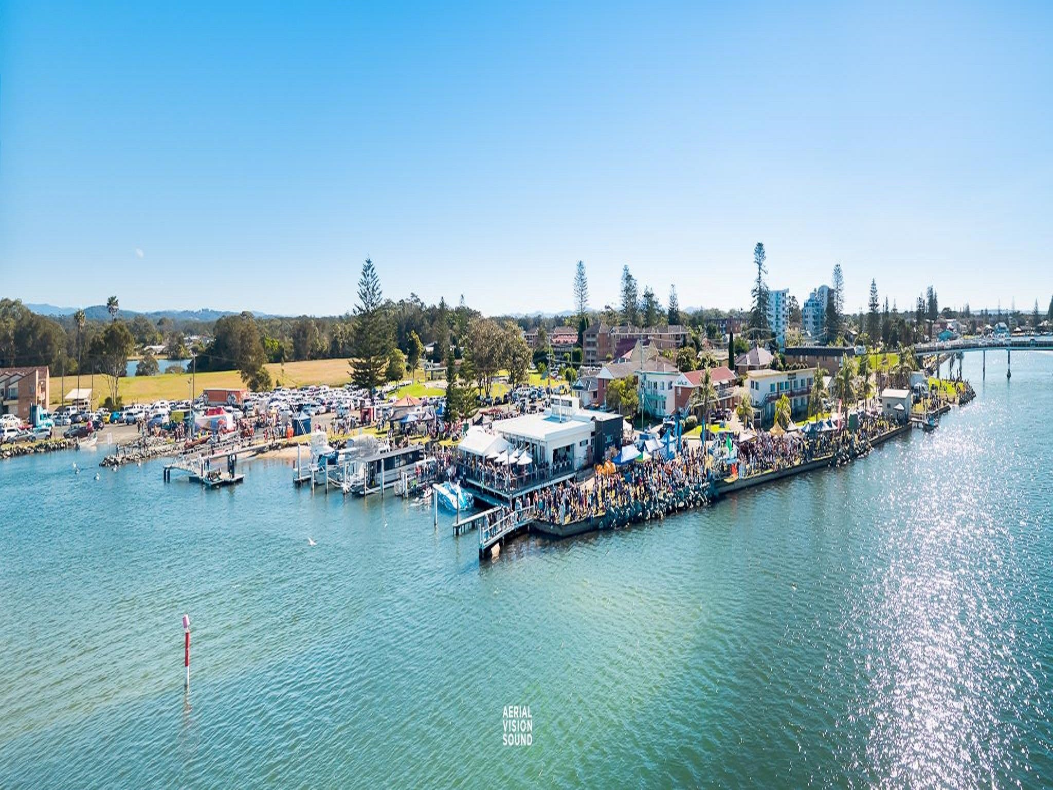 Fred Williams Aquatic Festival - QLD Tourism