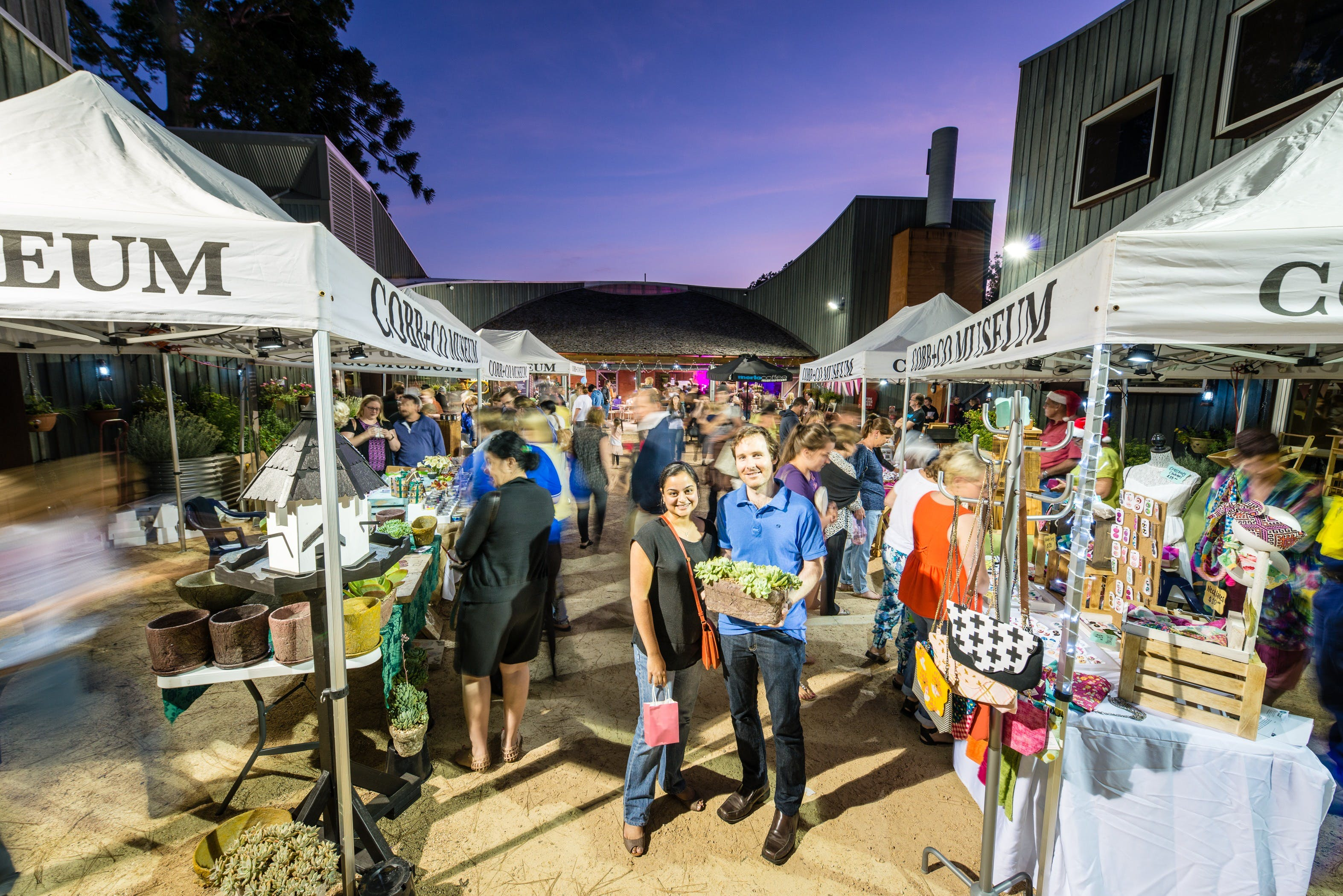 Hand Made Under the Stars - Twilight Market - QLD Tourism
