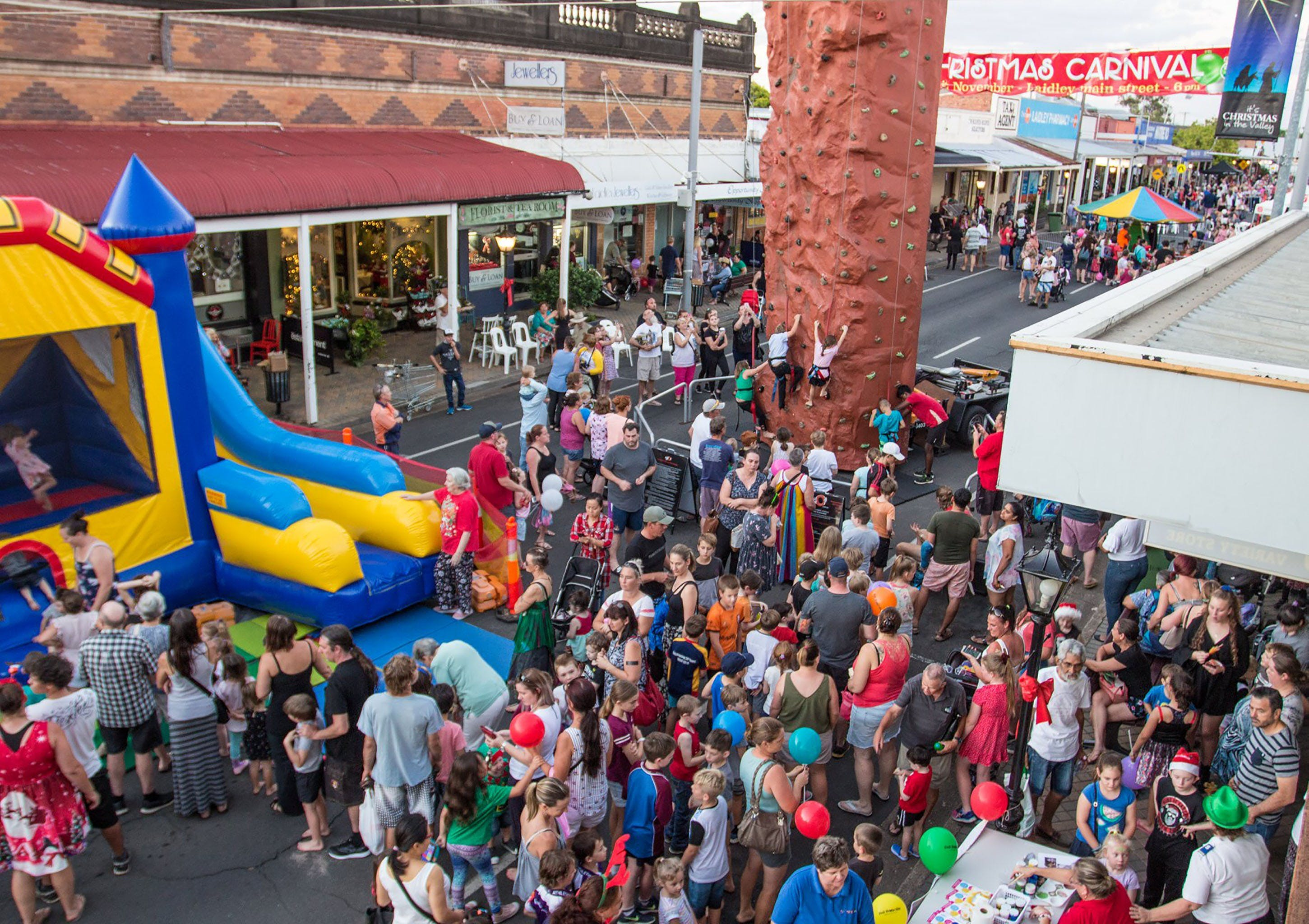 Laidley Christmas Street Festival - QLD Tourism