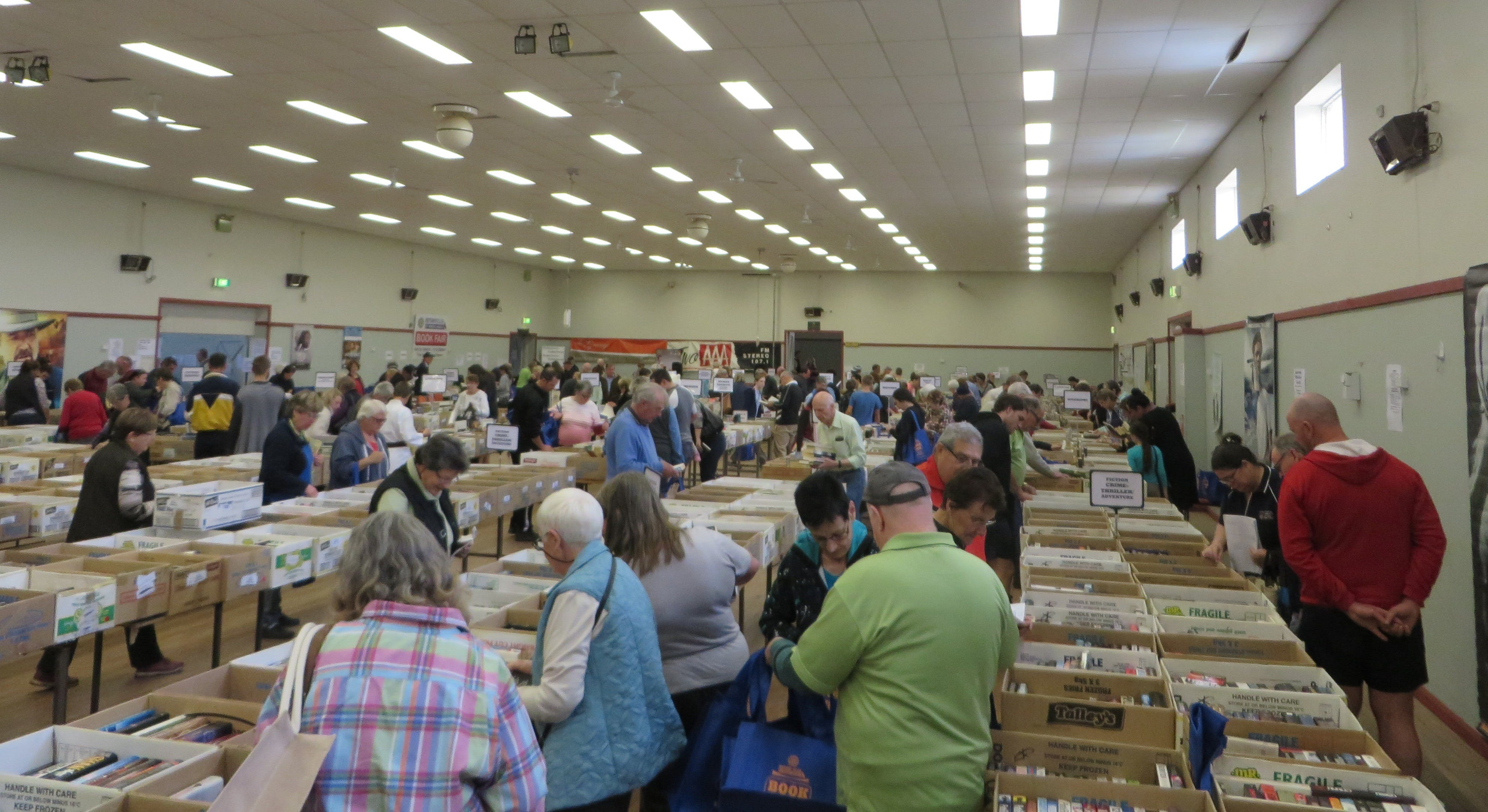 Rotary Club of Wagga Wagga - Book Fair - QLD Tourism