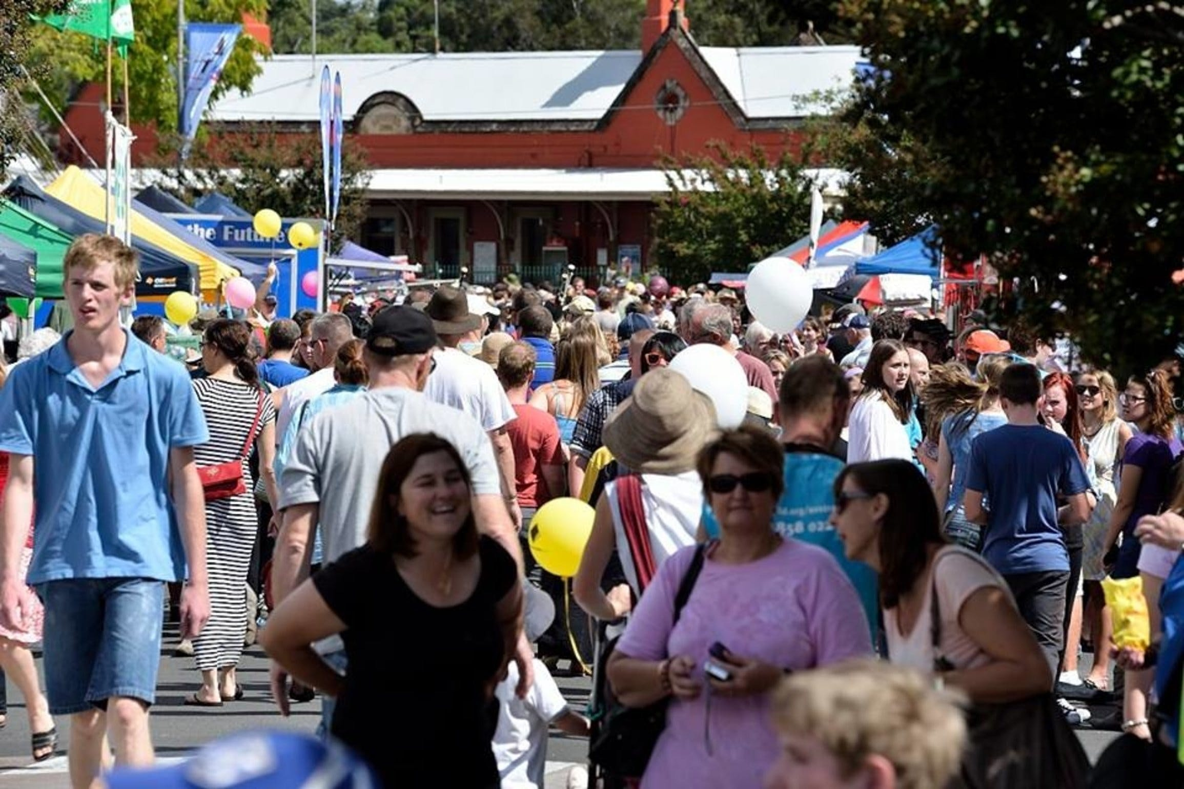 Springwood Foundation Day Festival - QLD Tourism