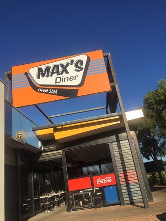 Max's Diner - QLD Tourism