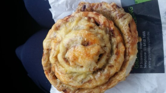 Grays Bakery Kerang - QLD Tourism