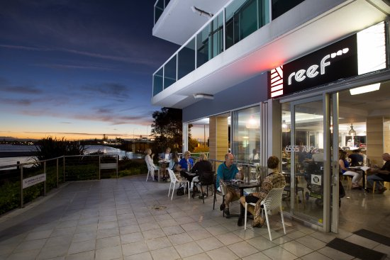Reef Bar Grill - QLD Tourism