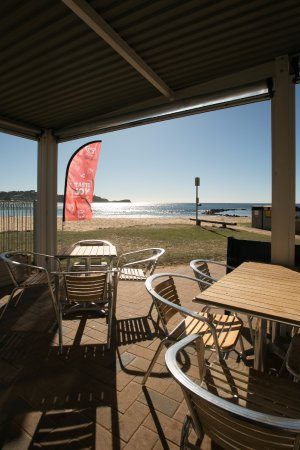 Avoca Beach Seafoods - QLD Tourism