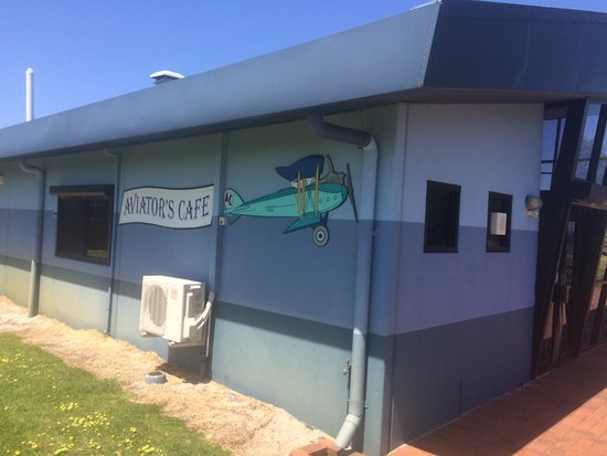 Aviator's Cafe - QLD Tourism