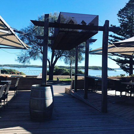 Oyster Bar  Bistro - QLD Tourism