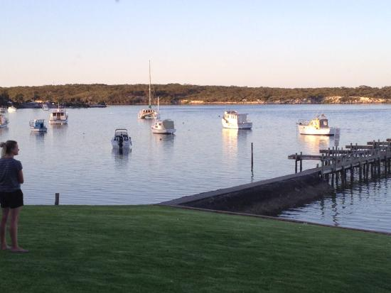 Coffin Bay Yacht Club - QLD Tourism