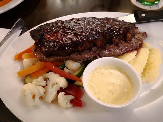 Graziers Steakhouse - QLD Tourism