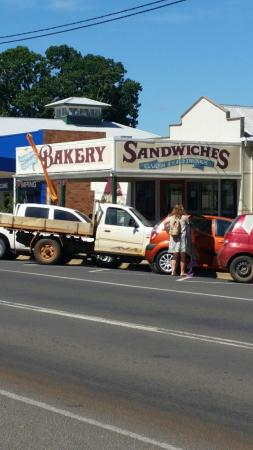 Gayndah Country Bakery - QLD Tourism