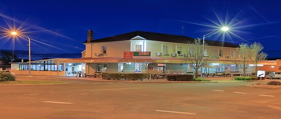 Grand Old Crow Hotel - QLD Tourism