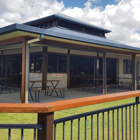 Tully Heads Tavern - QLD Tourism