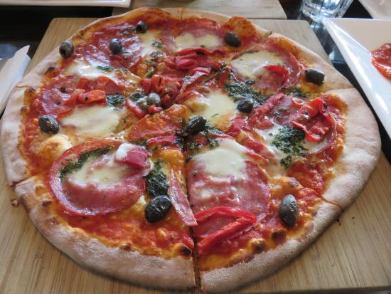 Acqua e Farina Woodfire Pizzeria - QLD Tourism