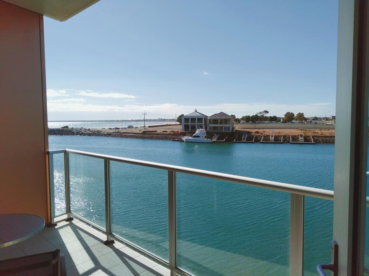 Wallaroo Marina Executive Apartments - QLD Tourism