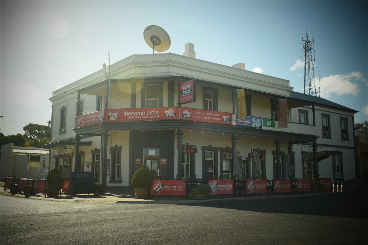 Commercial Hotel Morgan - QLD Tourism