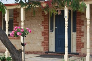 Jacaranda Cottage - QLD Tourism