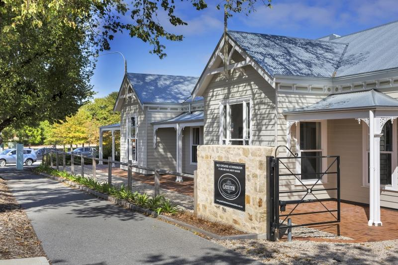 Grandview Homes Accommodation - The Adelaide - QLD Tourism