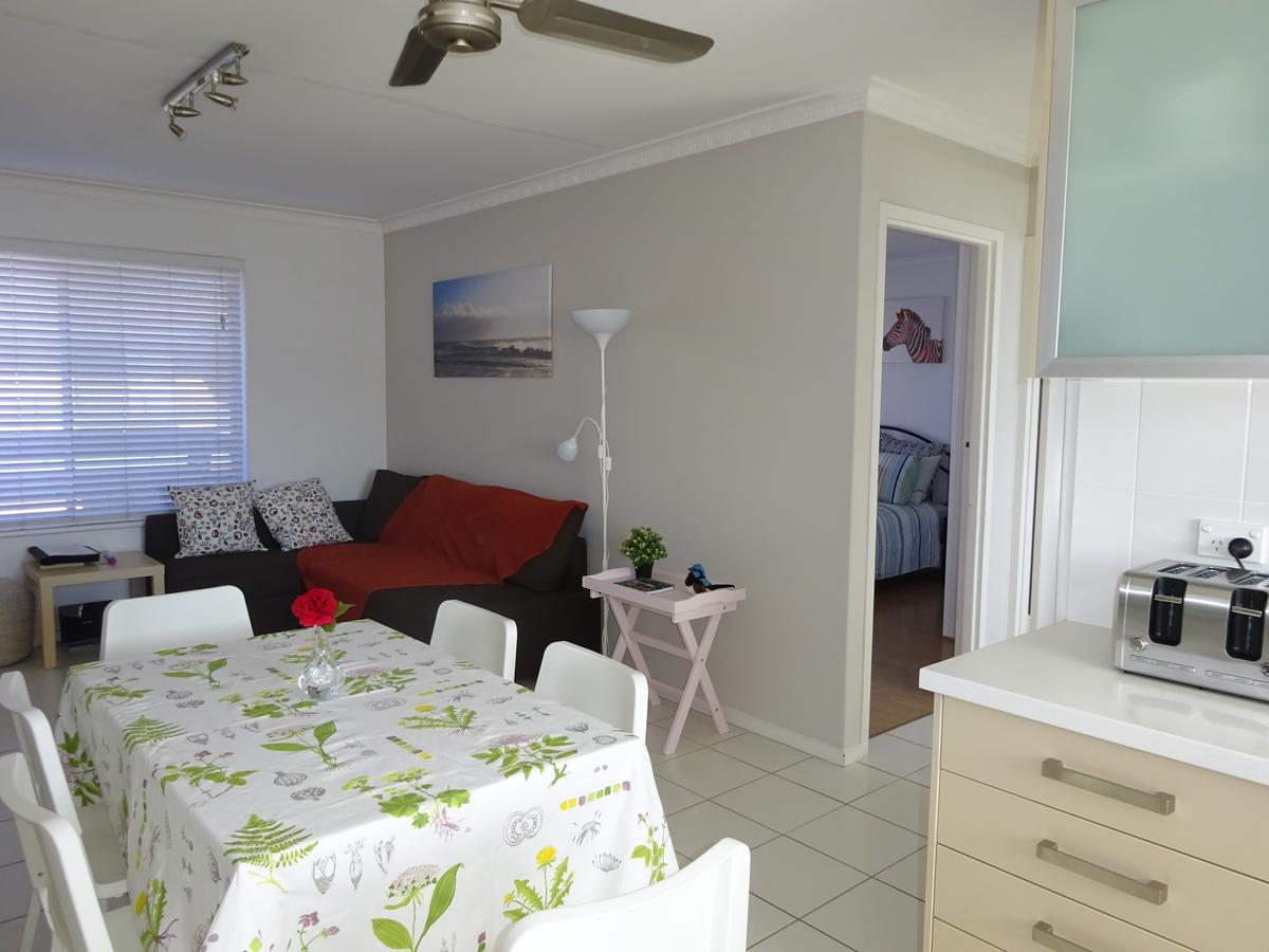 Selene Holiday Apartment West Beach - QLD Tourism