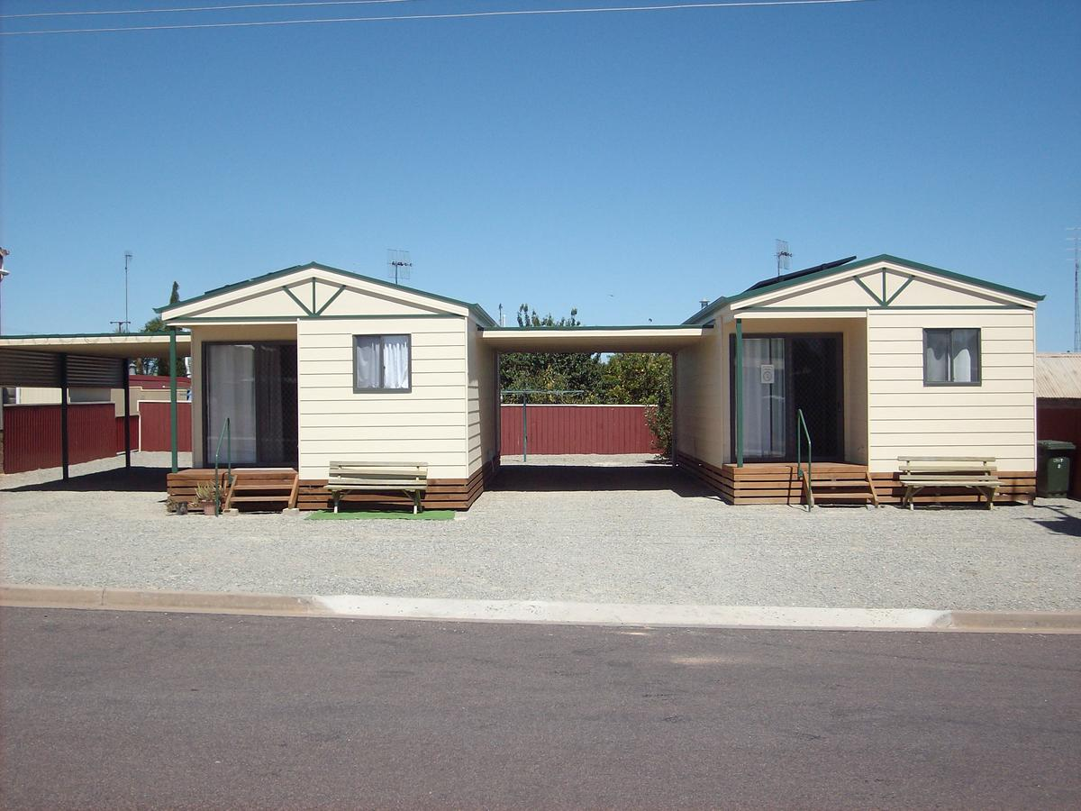 Jacko's Holiday Cabins - QLD Tourism