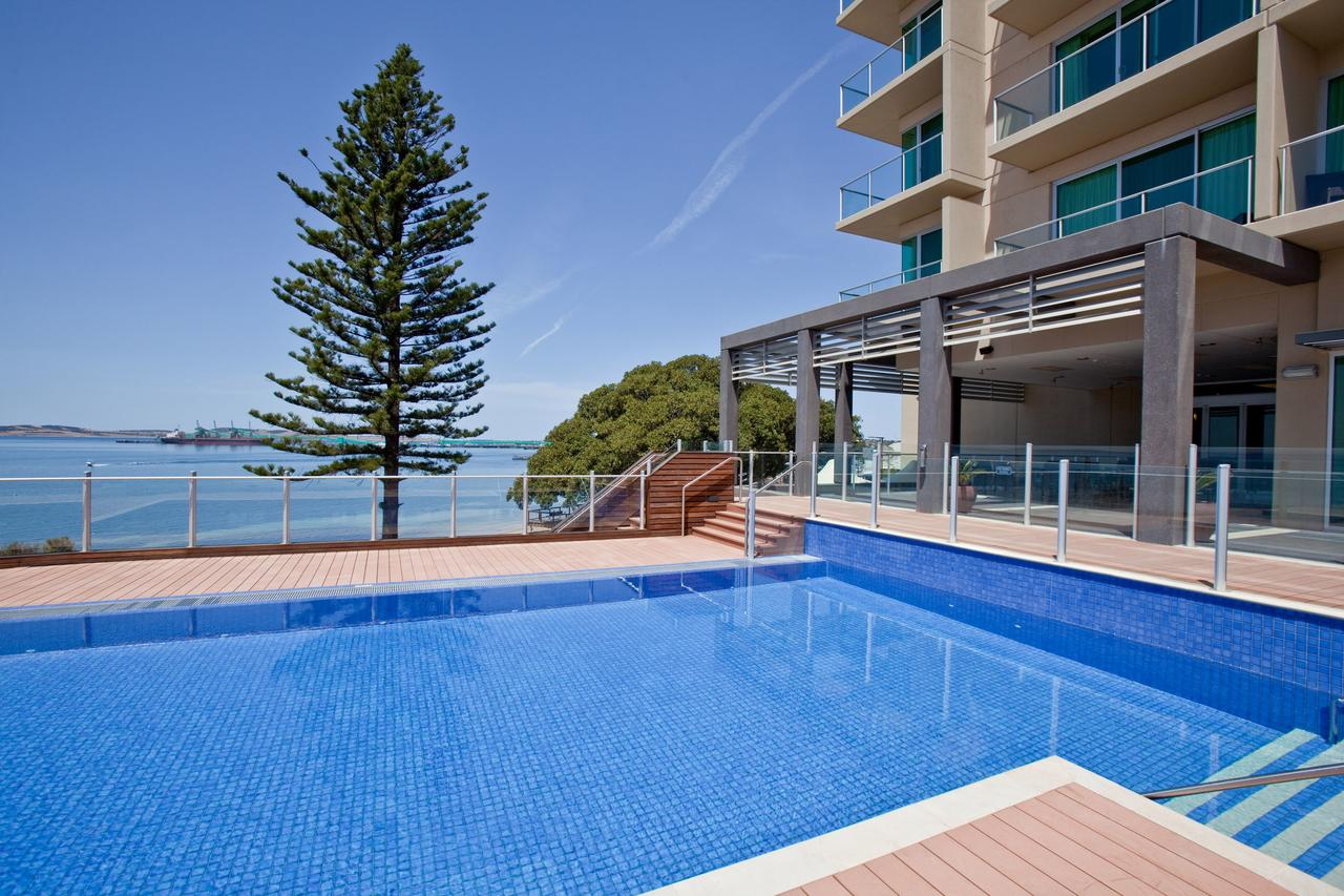Port Lincoln Hotel - QLD Tourism