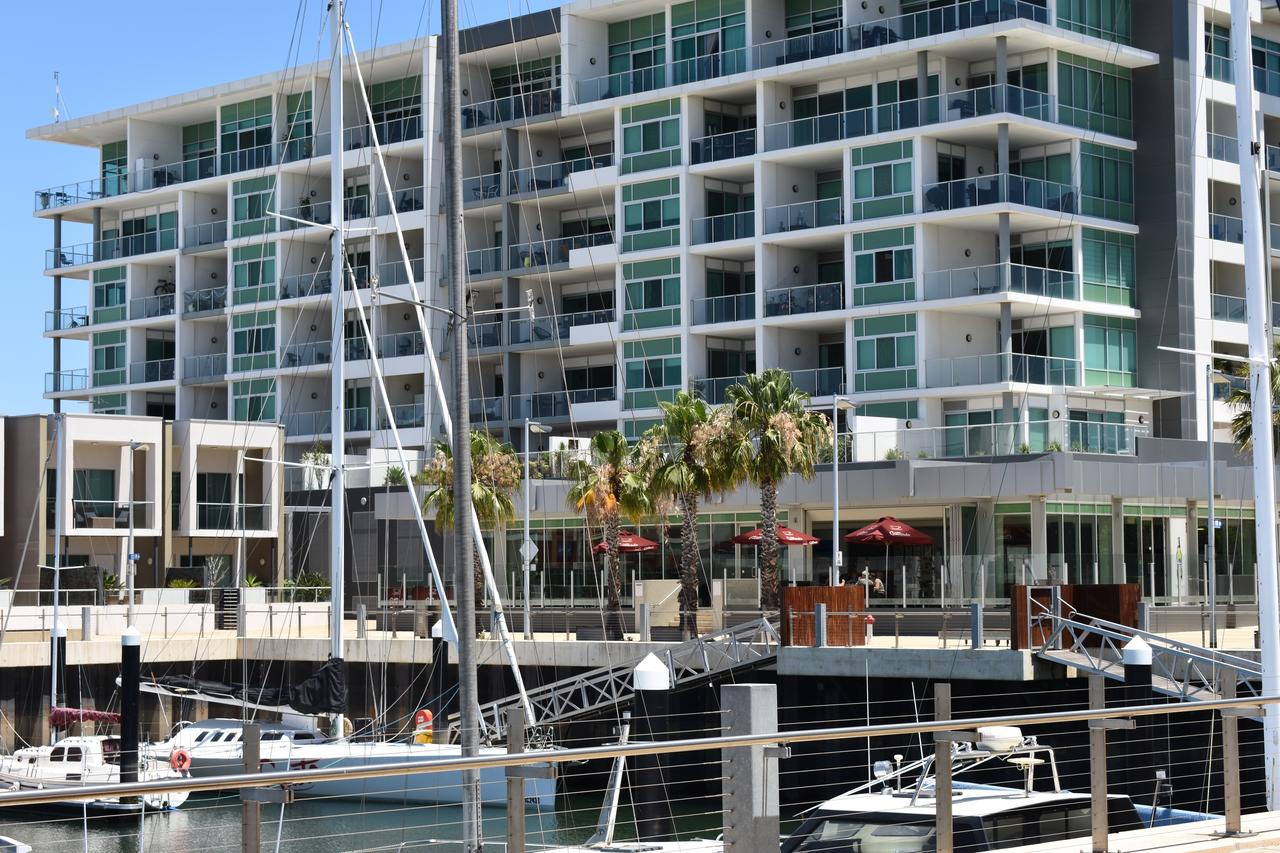 Breakwater Apartment - QLD Tourism