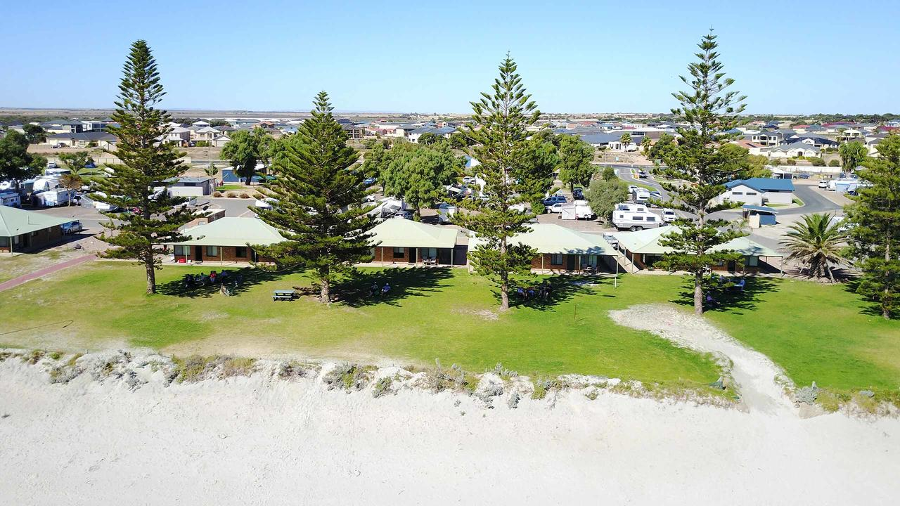Wallaroo Holiday Park - QLD Tourism