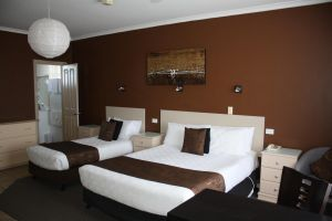 Lakeview Motel and Apartments - QLD Tourism