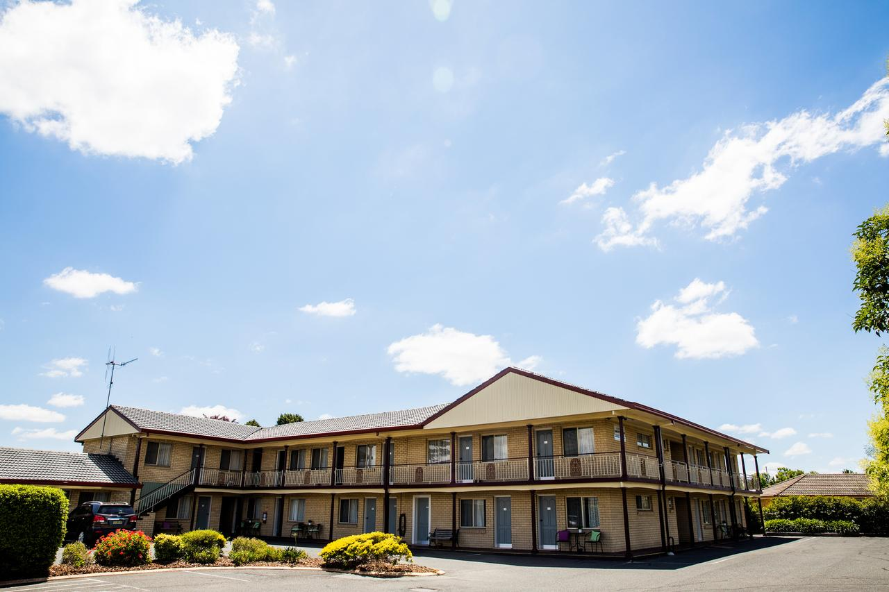 Lilac City Motor Inn  Steakhouse - QLD Tourism