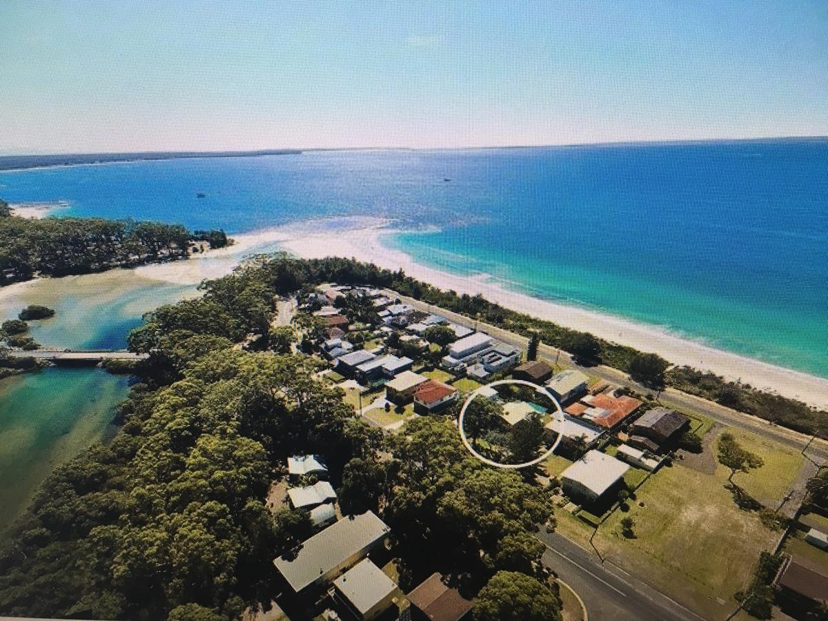 Arena Blanca Holiday Home - QLD Tourism
