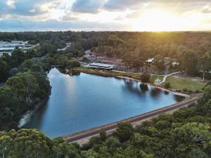 Eight Willows Retreat - QLD Tourism