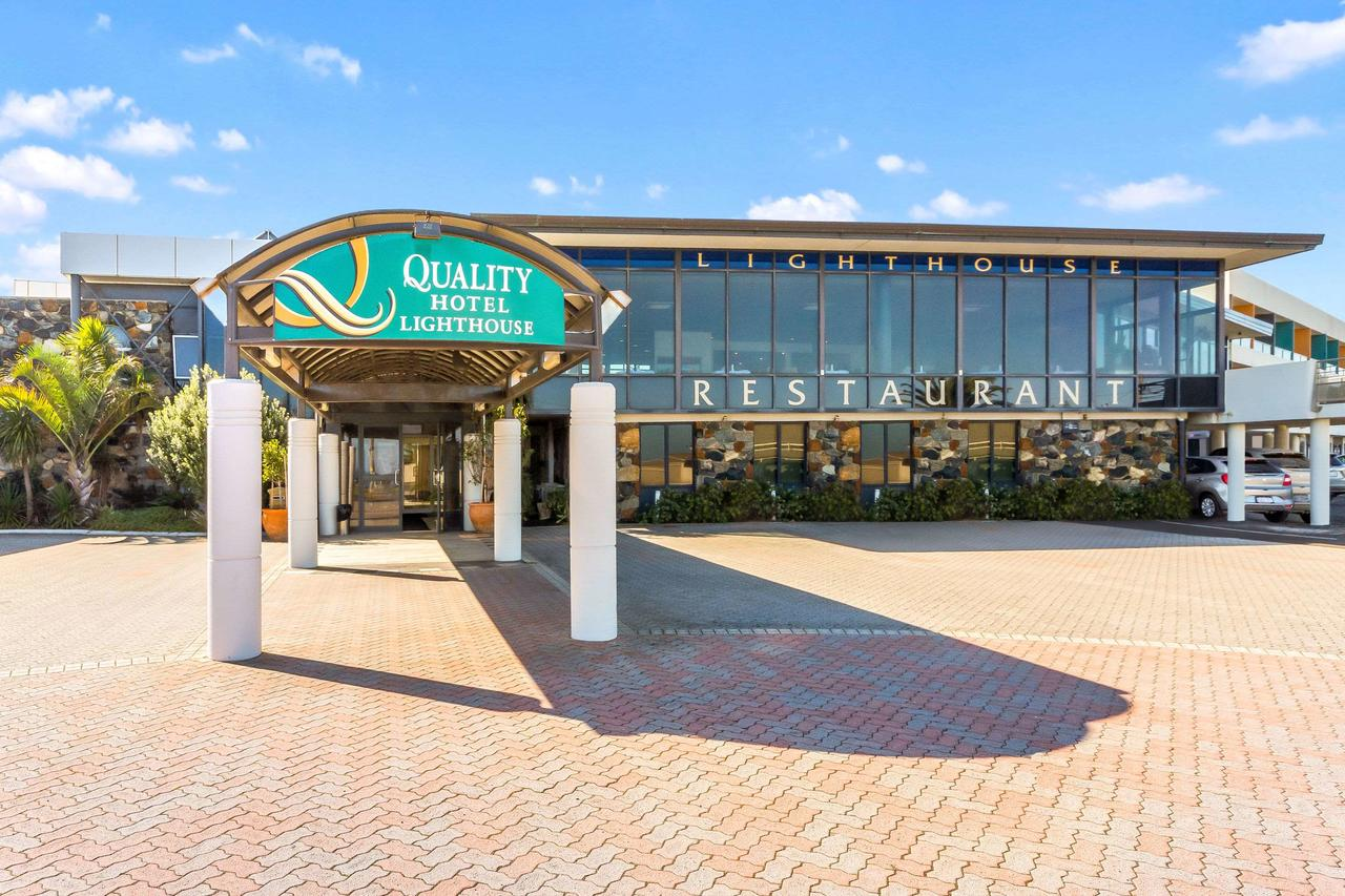 Quality Hotel Lighthouse - QLD Tourism