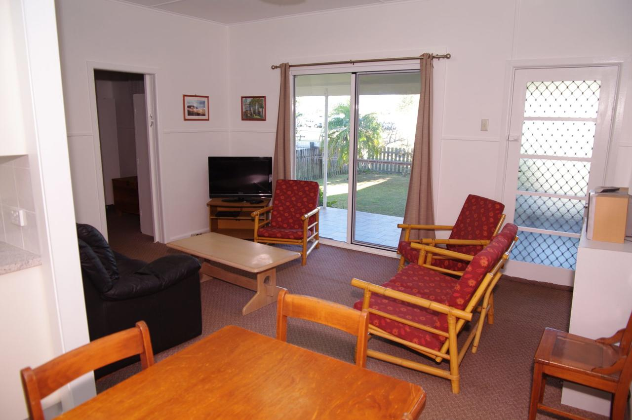Fleur Cottage 7 Willow Street - QLD Tourism