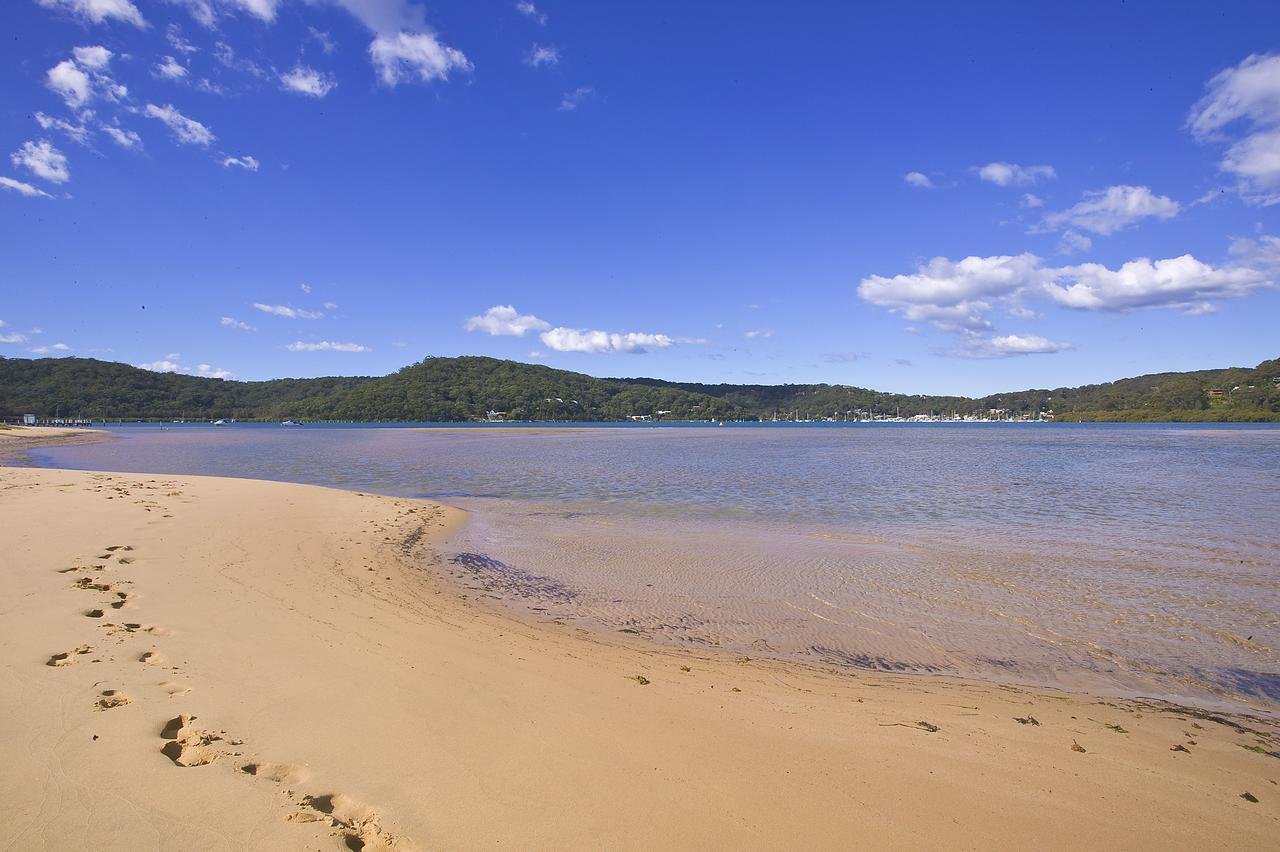 BookerBay Retreat - QLD Tourism