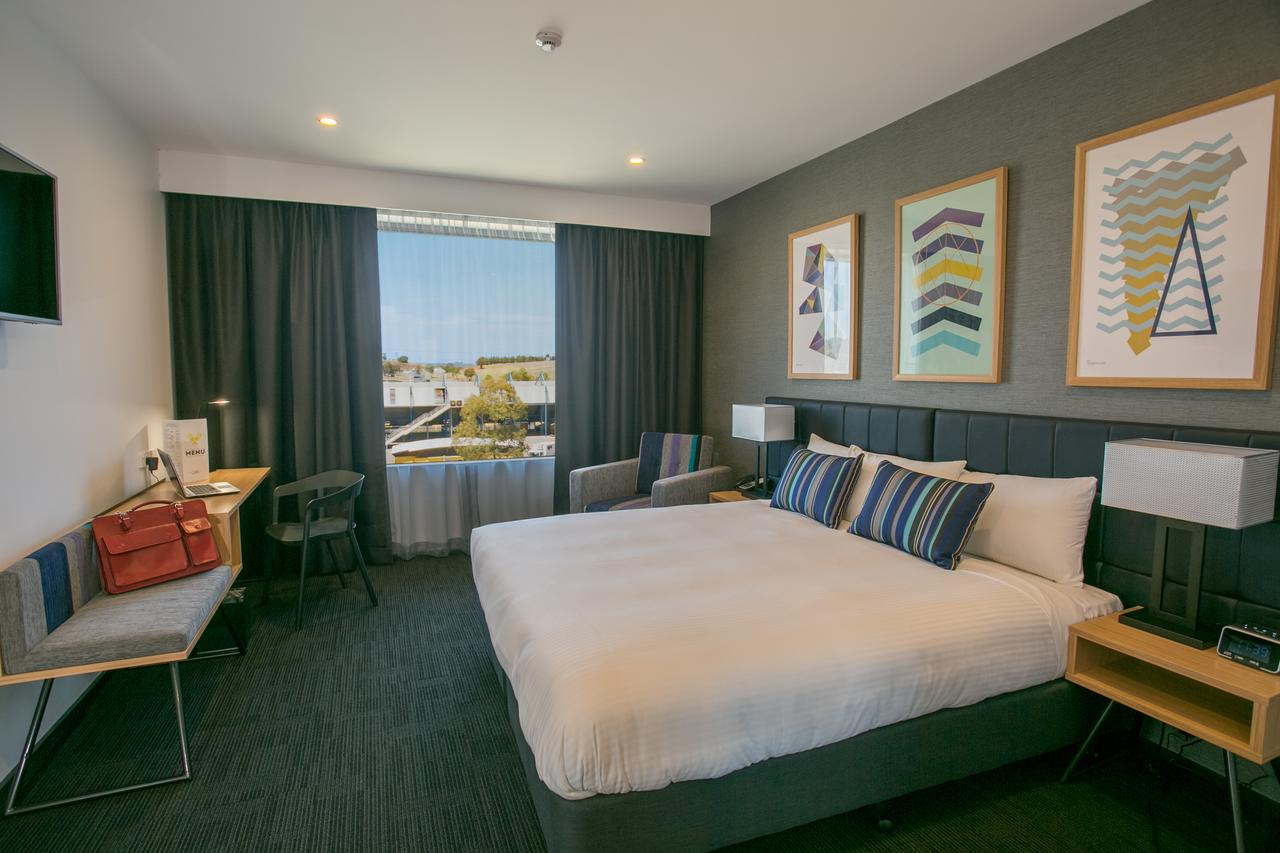 Alpha Hotel Eastern Creek - QLD Tourism