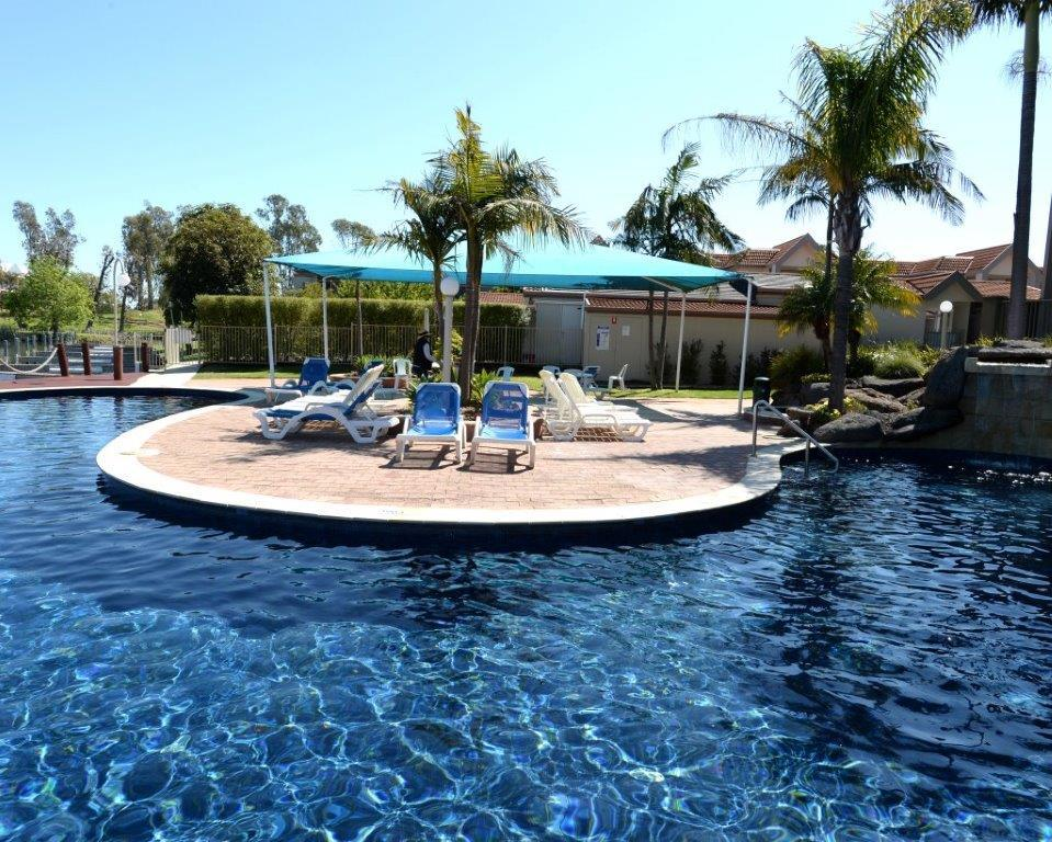 Yarrawonga Waterfront Apartments - QLD Tourism