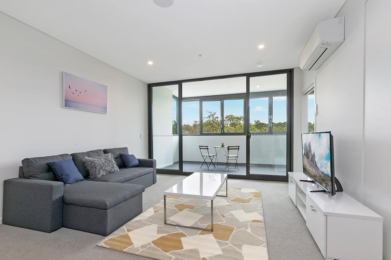 Stylish and Neat two bed apartment in Wentworth Point - QLD Tourism