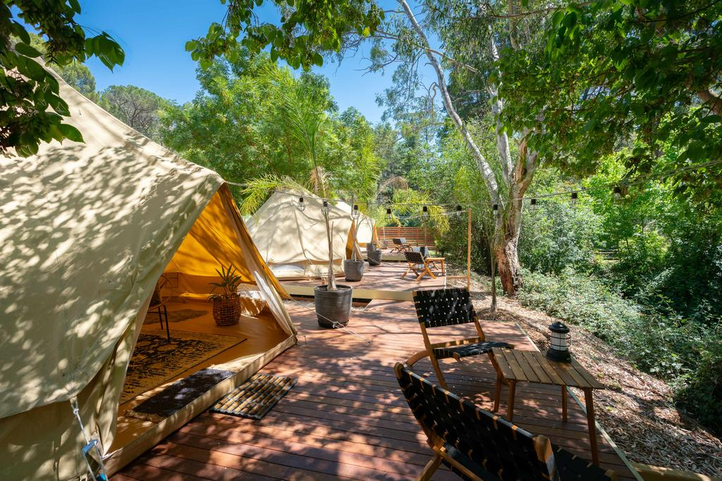 Castlemaine Gardens Luxury Glamping - QLD Tourism