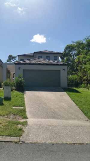 Central Gold Coast Large Modern Elevated House - QLD Tourism