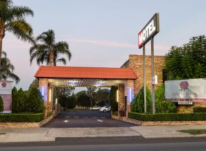 Centrepoint Midcity Motor Inn - QLD Tourism