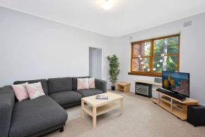 Cosy 2BR plus Parking in Nth Sydney - QLD Tourism